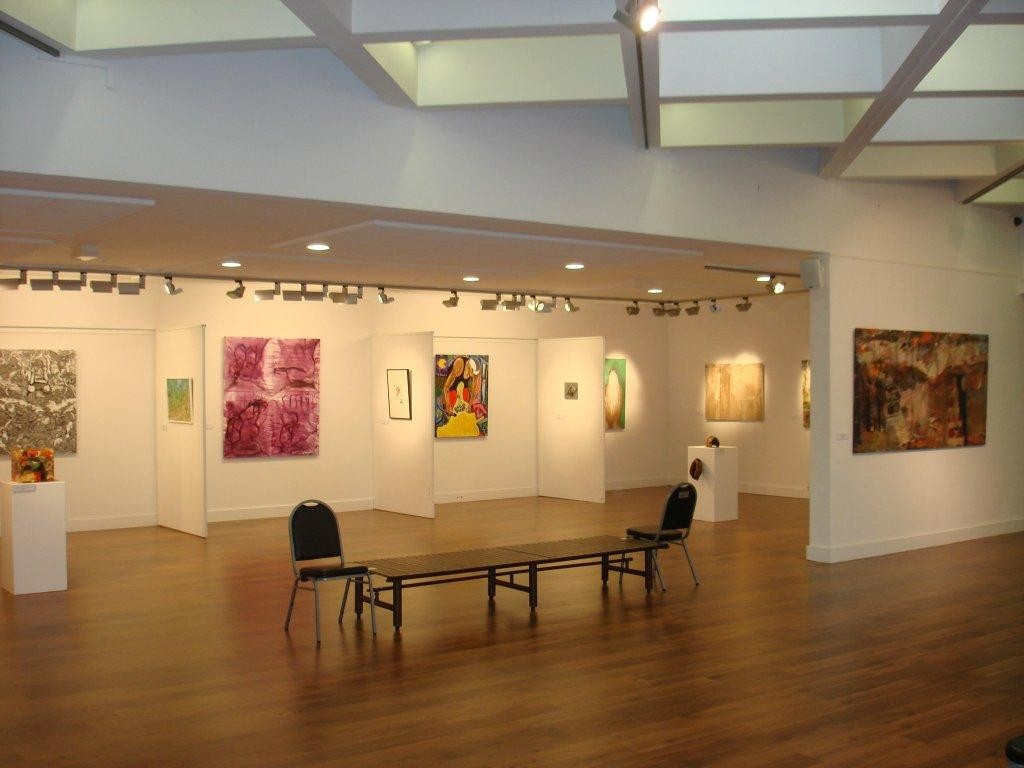Art Gallery Photo – Visitors Guide 2012